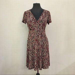 PETITE SOPHISTICATE Patterned V-Neck Dress